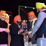 Sr. R.P. Singh Gen. Secy Delhi BJP receiving memento from Sr. VS Sahney